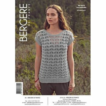 Cat. 15/16 - #135 Eyelet crochet sweater